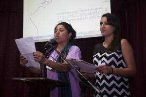 Declaración leída por Geidy Villuedas presidenta de la OCLAE y Deolinda Carrizo de la Secretaría Operativa CLOC - VC